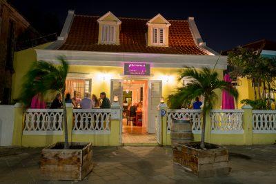 Restaurants curacao Cristal