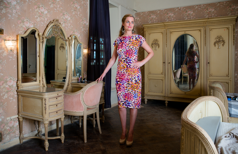 Fashion Villa Curiel